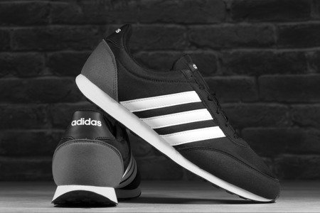 Buty Adidas V RACER 2.0 BC0106